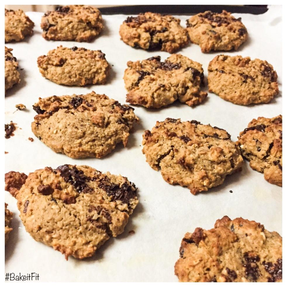 Best Chocolate chip cookies ever! Healthy & Fitness Friendly | Las mejores galletas de chispas de chocolate y además son saludables y Fitness Friendly!